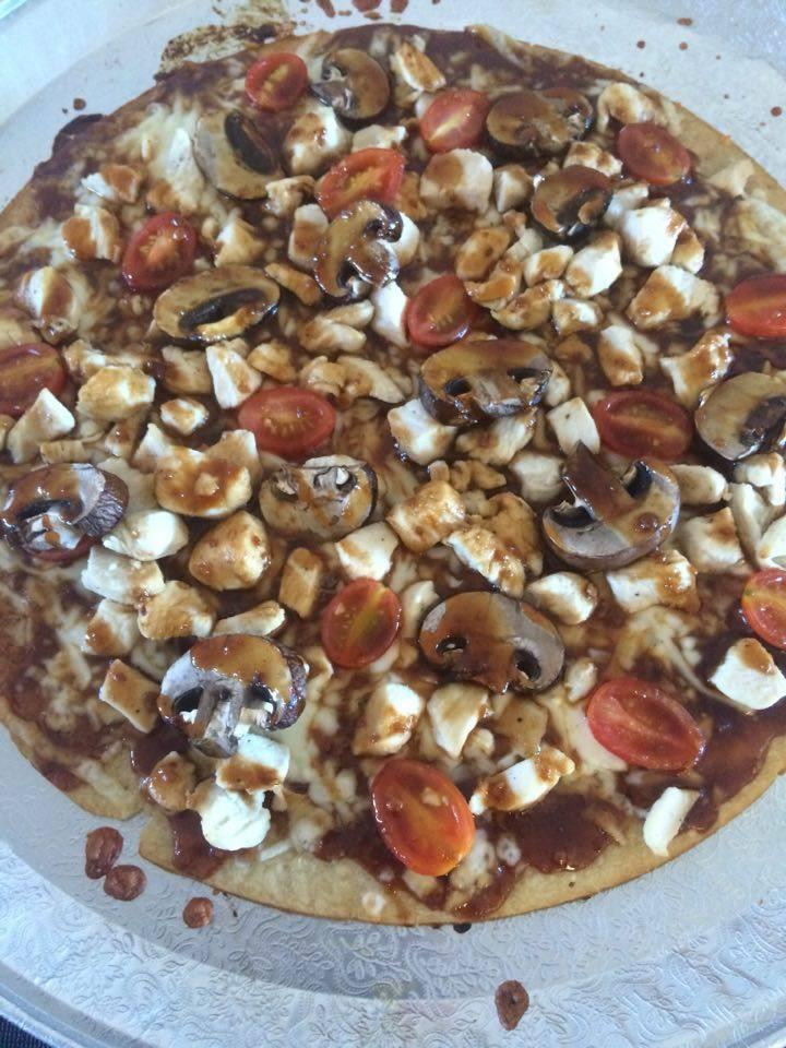 chicken-teriyaka-pizza-finished
